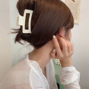 Retro French Hair Clips A042