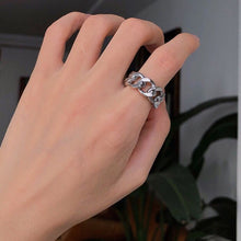 Load image into Gallery viewer, Retro Hollow Chain Linen Ring A045