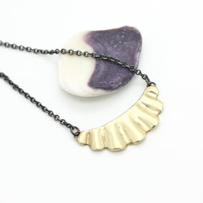 Mini Scallop Necklace in 14k Gold