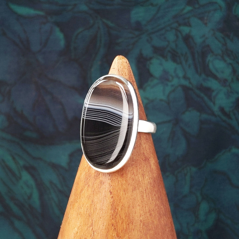 Sterling Silver Banded Oval Agate Ring