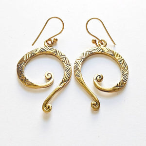 Brass Detailed Swirl Earrings