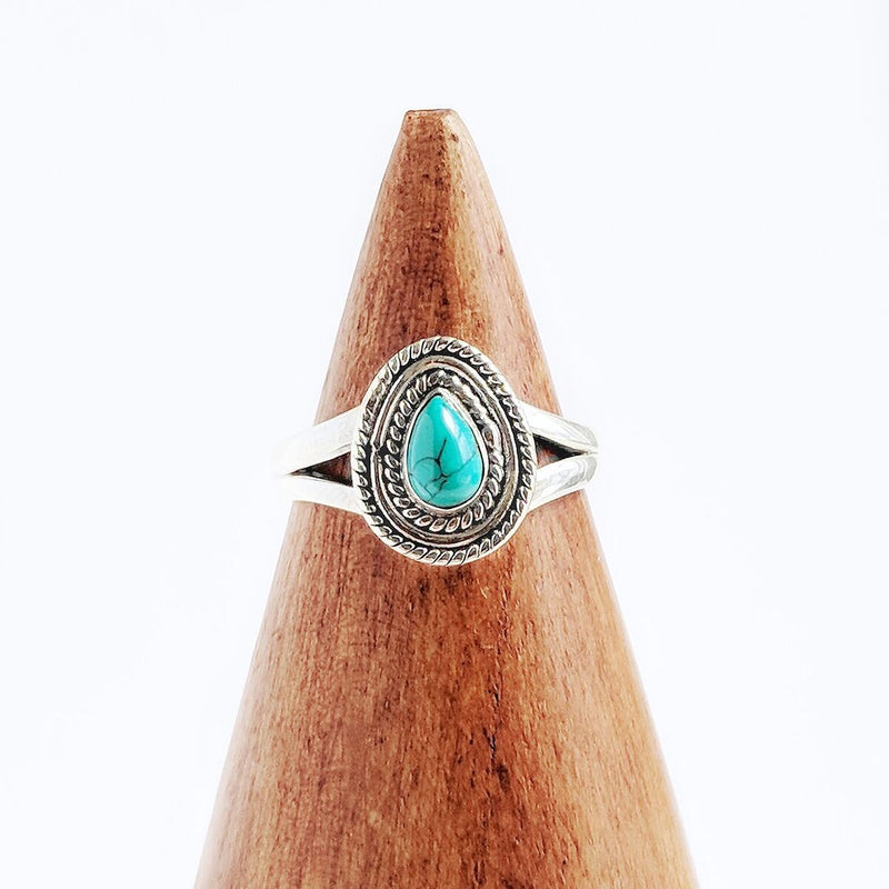 Sterling Silver Detailed Turquoise Teardrop Ring
