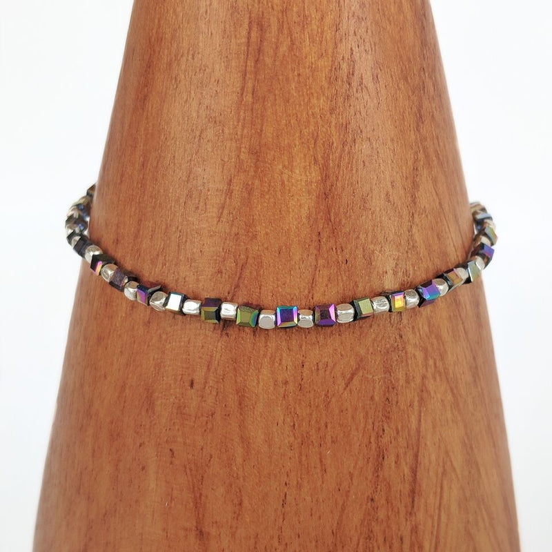 Iridescent Stretchy Beaded Bracelet