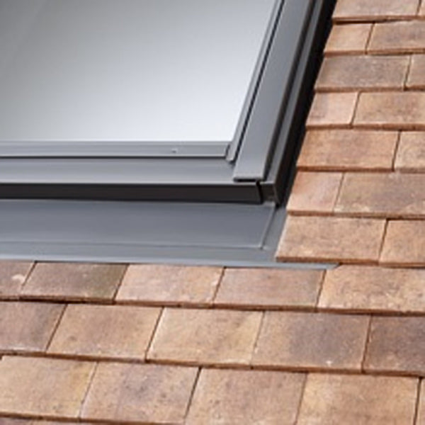 Velux EDP C02 0000 Old Plain Tile Flashing 55cm x 78cm