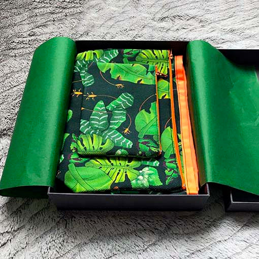 Tropical leaves design bags gift set