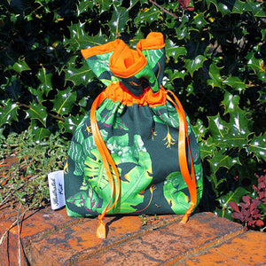 Tropical leaf drawstring bag