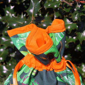 Top of tropical leaf drawstring bag