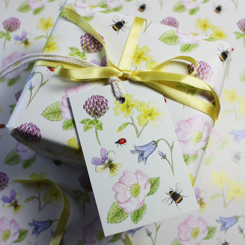 RieDesigned wildflowers gift wrap & tags