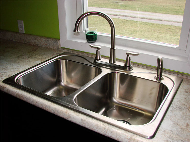 homeowner-kitchen-sinks