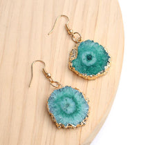 Load image into Gallery viewer, Gold & Geode Slice Earrings