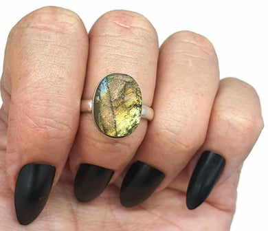 Raw Spectrolite Labradorite Ring, Size 9, Sterling Silver, Oval Shaped - GemzAustralia