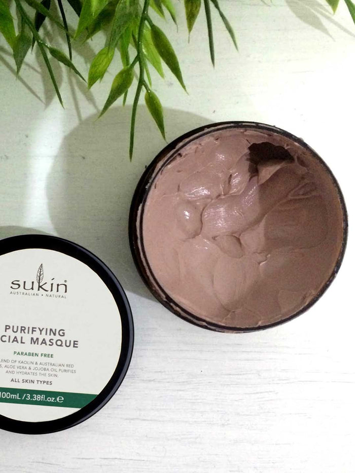 This is purifying mud mask from Sukin