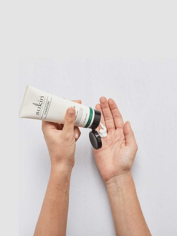 Shop Hand & Nail Cream from Sukin on SublimeLife.in. Best for hydrating and protecting dry hands while caring for nails.