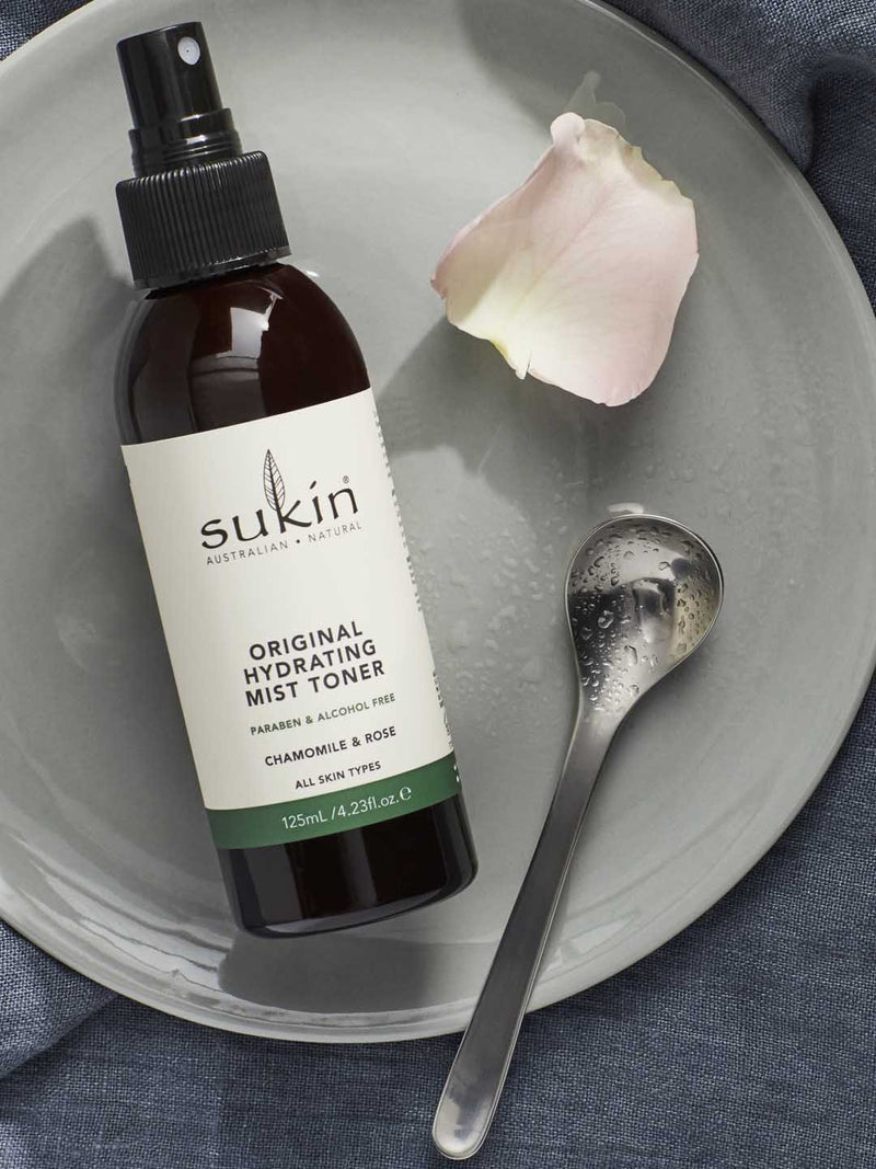 Shop Hydrating Mist Toner from Sukin on SublimeLife.in. Best for helping soothe, purify and cool tired skin.