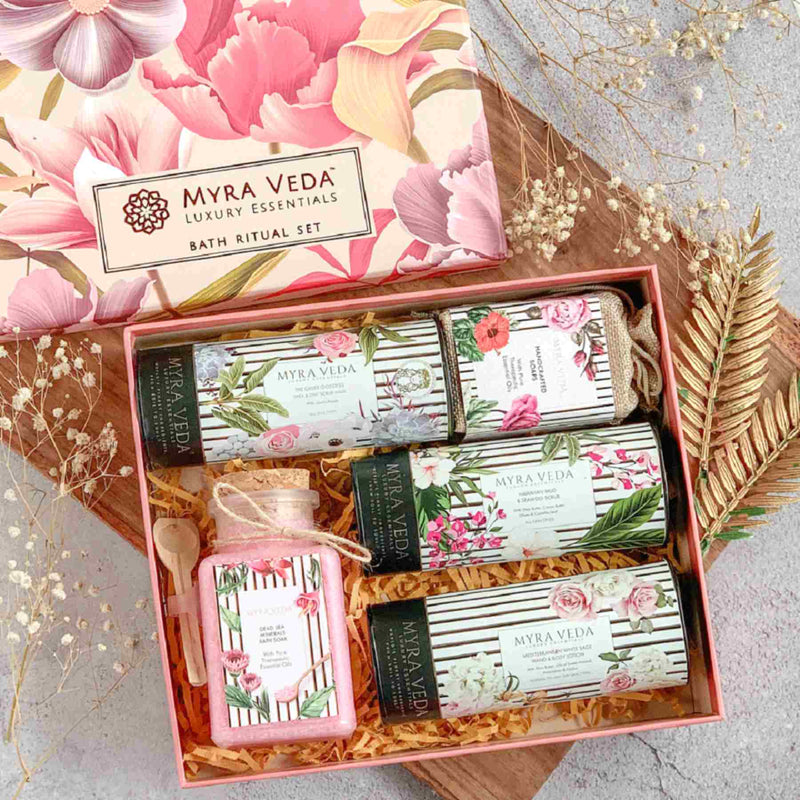 Shop Diwali Gift Exclusive Gift Hamper Combo of 7 from Myra Veda on SublimeLife.in. Best for having a perfect gift for yourself.