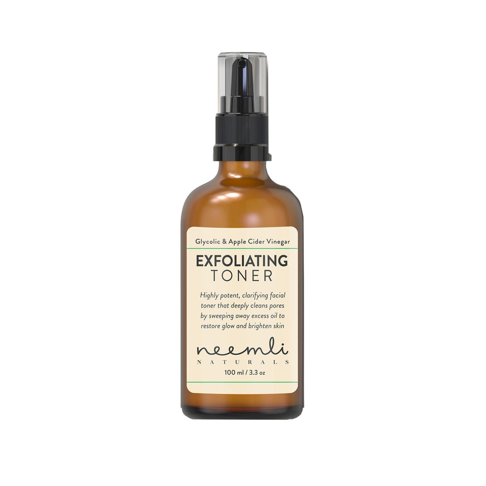 This is an image of Neemli Naturals Glycolic Acid & Apple Cider Vinegar Exfoliating Toner on www.sublimelife.in