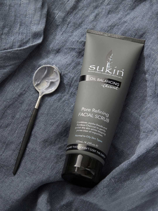 Shop Oil Balancing Charcoal Pore Refining Scrub from Sukin on SublimeLife.in. Best for removing excess oils and toxins.