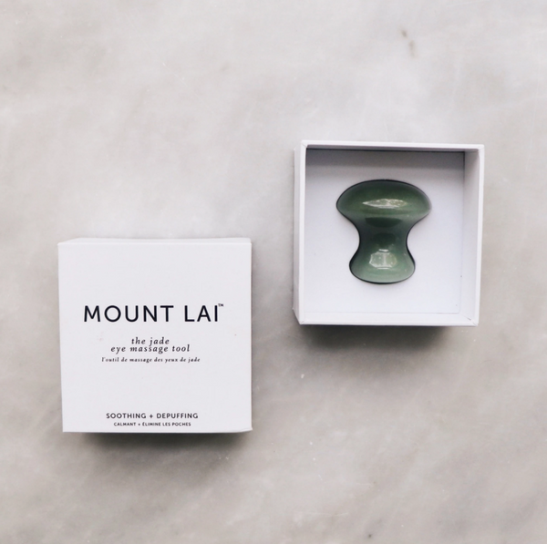 The De-Puffing Jade Eye Massage Tool