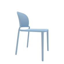 Kurve Stacking Chair