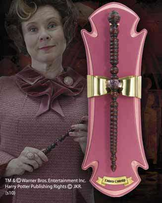 Dolores Umbridge Wand and wall display Olleke | Disney and Harry Potter Merchandise shop The Noble Collection