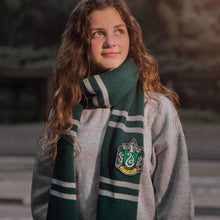 Harry Potter Slytherin Scarf - Deluxe Edition Olleke | Disney and Harry Potter Merchandise shop Cinéreplicas