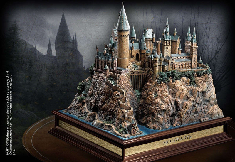 Hogwarts School Sculpture - Olleke | Disney and Harry Potter Merchandise shop