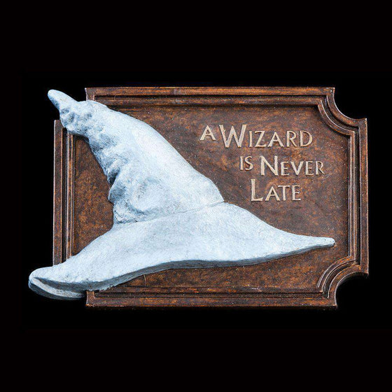 Films & Series - Lord Of The Rings Magnet A Wizard Is Never Late