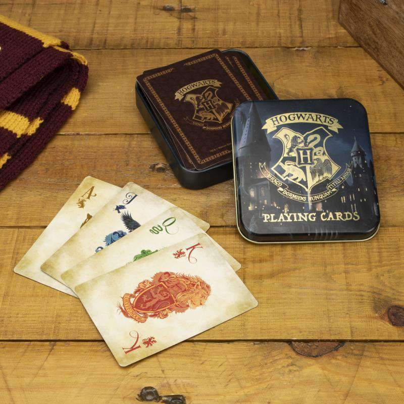 Hogwarts Castle Playing Cards - Olleke | Disney and Harry Potter Merchandise shop