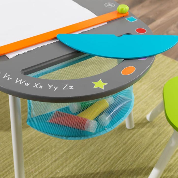Kids Chalkboard Art Table and Chairs