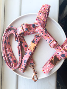 Dusty Pink Ditsy Floral Fabric Strap Harness
