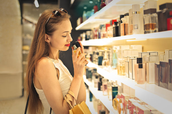 Beware of happiness and boredom when choosing perfumes