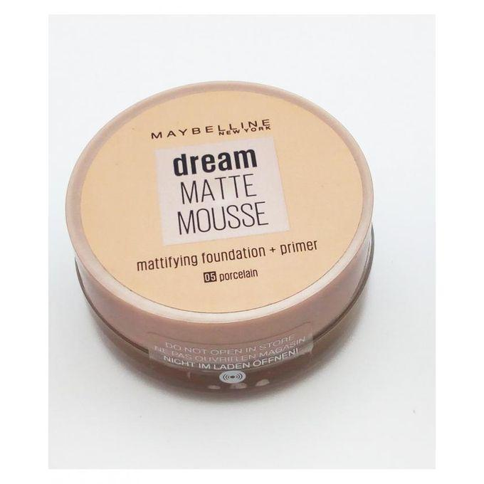 Maybelline New York Dream Matte Mousse Mattifying Foundation + Primer - 05 Porcelain
