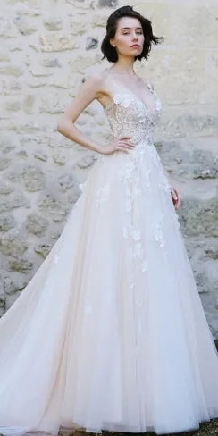 V-neck Ivory Lace Tulle Wedding Dresses, Appliques Wedding Dresses, Bridal Gown