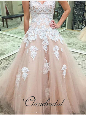 Sweetheart Champagne Tulle Lace Appliques Wedding Dresses