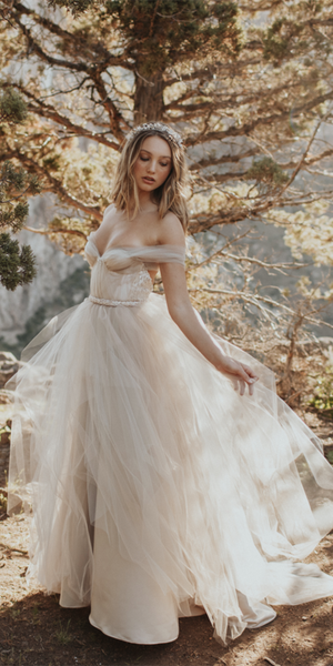 Off Shoulder Tulle Sequins Wedding Dresses, Bridal Gown, Country Wedding Dresses