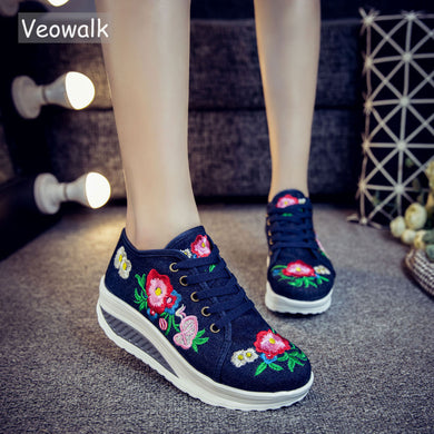 Veowalk Floral Embroidery Women's Fashion Canvas Flat Platforms Lace up Sneakers Shoes Creepers