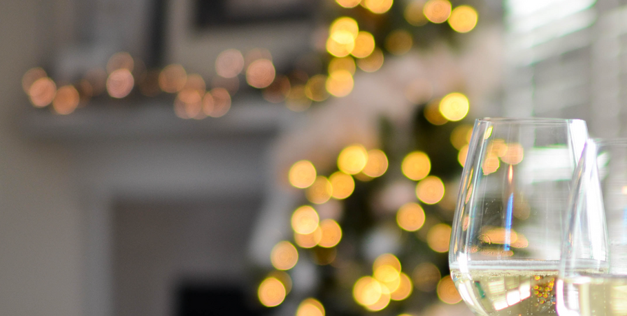 6 Items to Make Your Holiday Party Easier