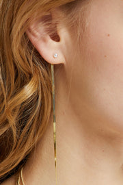 Unbalanced Gold Line Earring