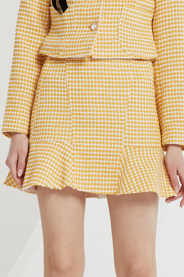 Liz Flounce Hem Skirt in Tweed