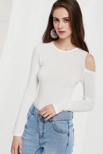 Liliana One Cold Shoulder Top by STORETS