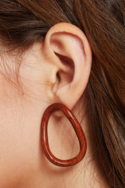 Wavy Wood Circle Earrings