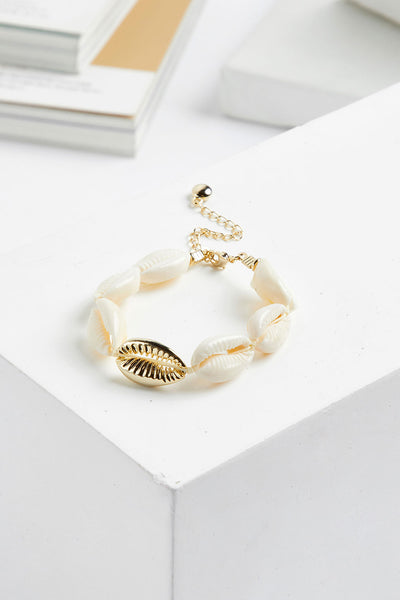 Cowrie Shell Bracelet by STORETS