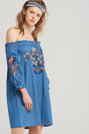 storets.com Lila Embroidered Denim Dress