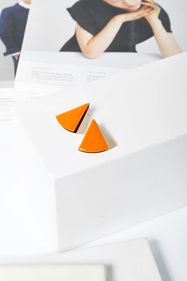 storets.com Triangle Stud Earrings