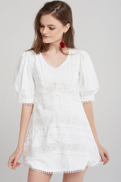 storets.com Chelsea Short Puff Dress