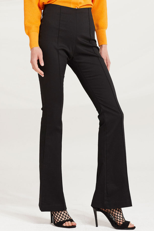 Celia Bootcut Pants by STORETS