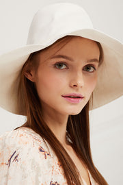 Summer Travel Hat by STORETS