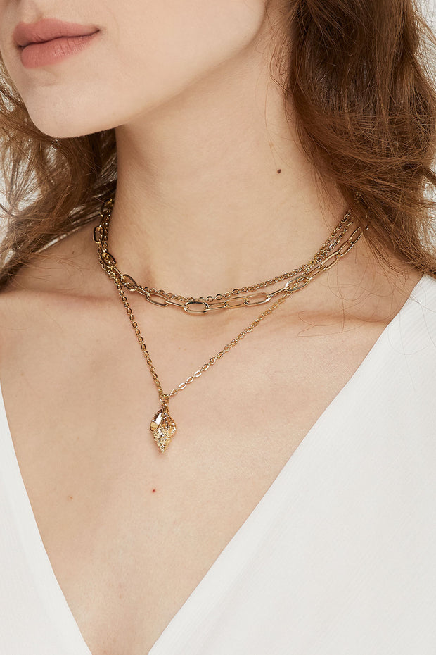 Trumpet Shell Layered Necklace by STORETS