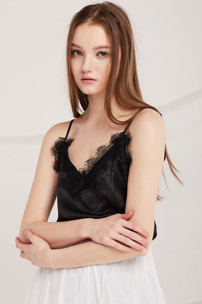 Jurnee Eyelash Lace Cami Top