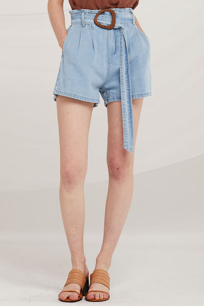 Remi Denim Shorts w/Wooden Buckle Belt